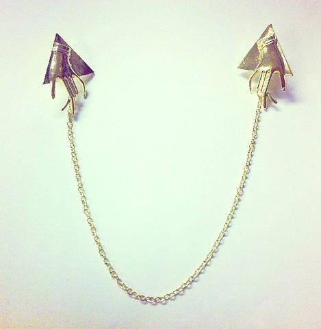 hand collar pins